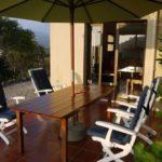 vakantiehuis corsica-benedenterras-met-uitzicht-op-zee-en-de-bergen
